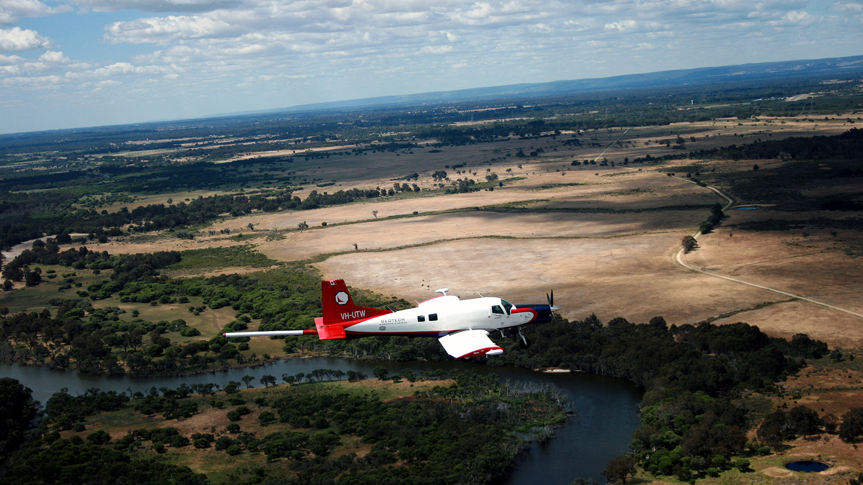 Geotech's PAC750 flying in Australia